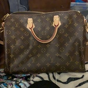 Louis Vuitton Speedy 35 Bandouliere 🧡 7 day hold